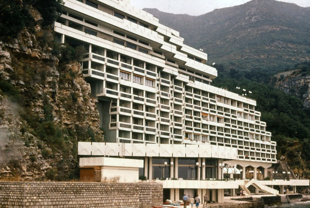 Hotel As en Perazića Do, Montenegro, años 70.